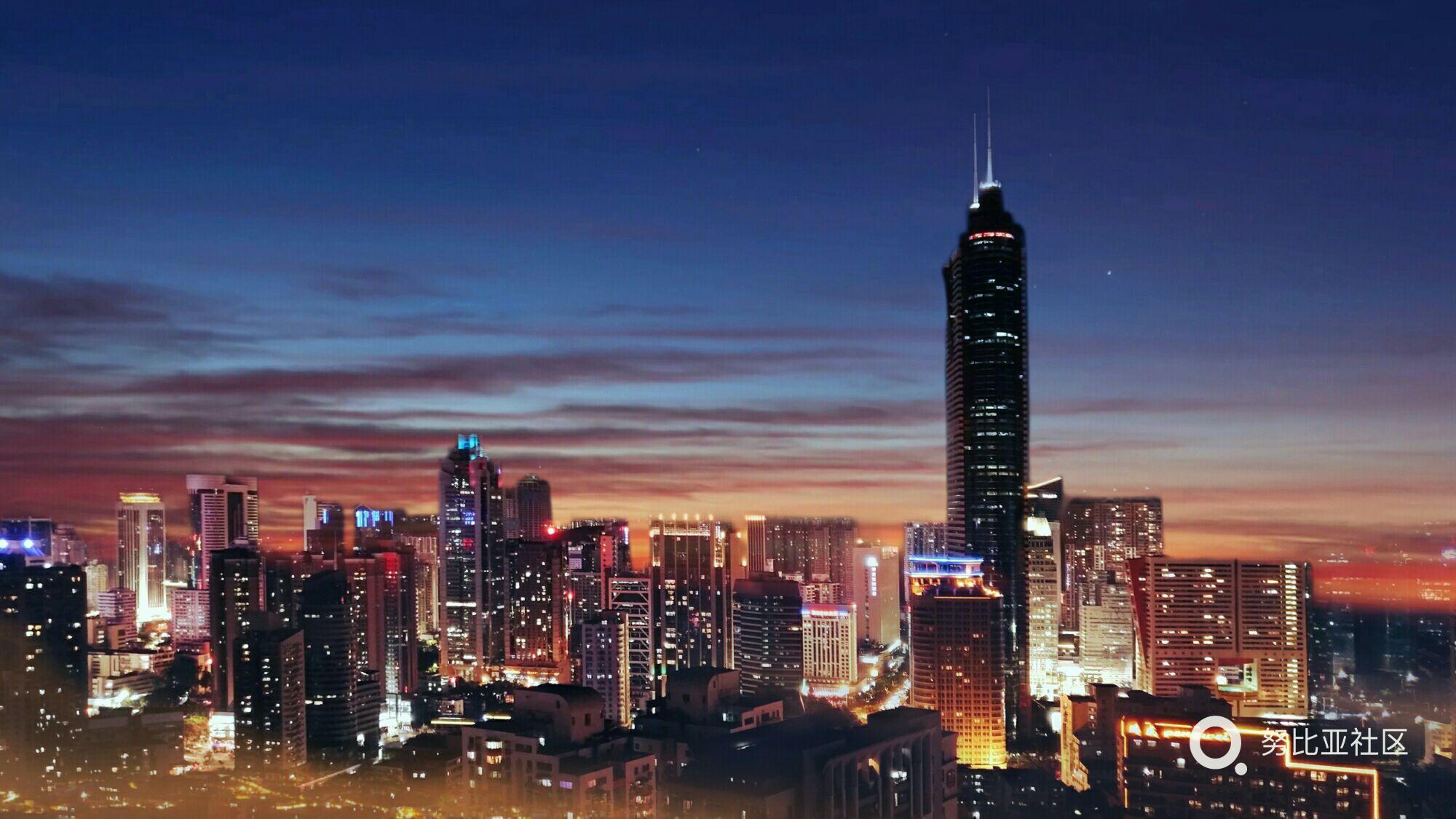【中秋国庆灯光秀】 双节期间,深圳分别以市民中心和人才公园为中心