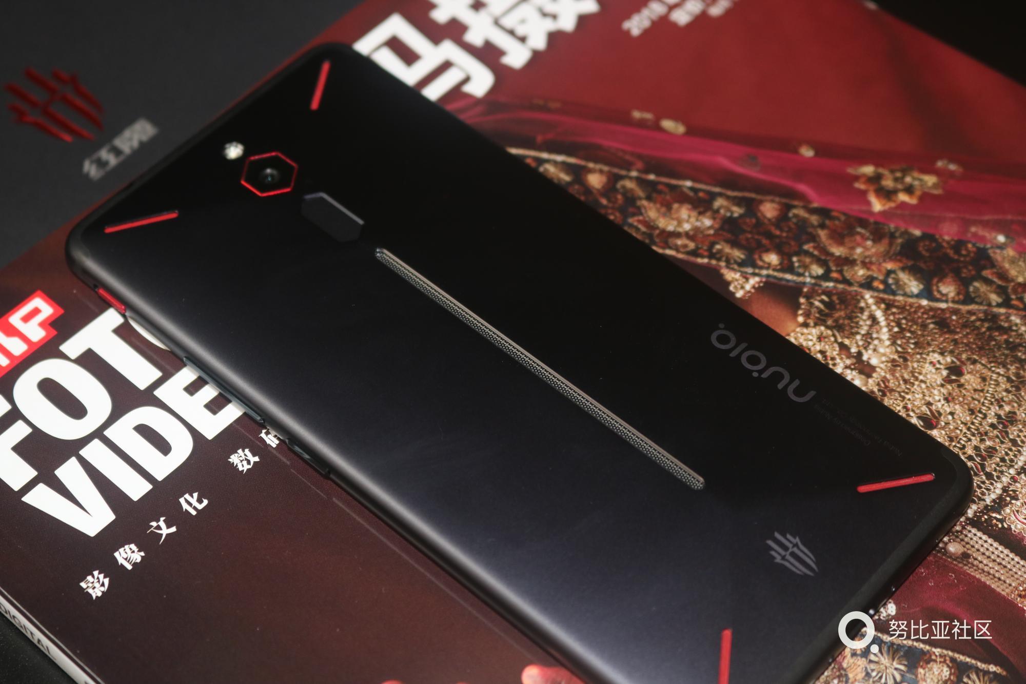 手机2.JPG