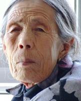 慈祥的奶奶